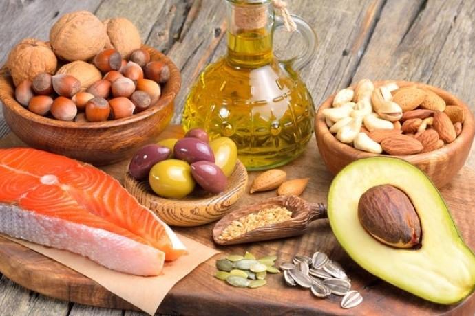 ダイエット中に摂取すべき脂質